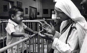Gaišākai ikdienai un ticībai labajam - 15 patiesas Mātes Terēzes atziņas
