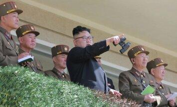 Konfliktā ar Ziemeļkoreju uzvarētāju nebūs, brīdina Ķīnas ārlietu ministrs