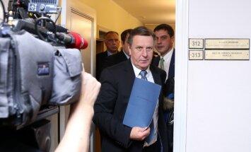 Kučinskis atskaitās par valdības rīcības plānu; priekšā vēl virkne politisko vienošanos