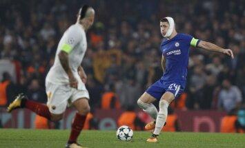 'Chelsea' futbolisti aizraujošā Čempionu līgas mačā nospēlē neizšķirti ar 'AS Roma'