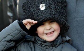 Krievijas Valsts dome nolemj aizliegt bērnu adopciju no Krievijas uz ASV