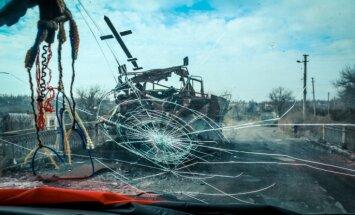 Ekskluzīva reportāža: 'Delfi' Širokinē piedzīvo 'opolčencu' artilērijas apšaudi
