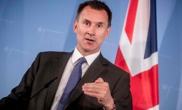 Putins būtu vienīgais ieguvējs no 'Brexit' bez vienošanās, pauž Hants