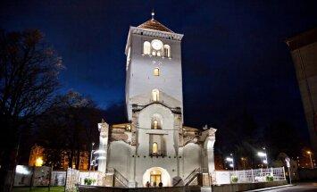 Uzdevumi deviņos stāvos: valsts svētkos aicina uz aizraujošu spēli Jelgavā