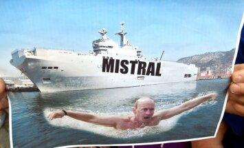 Francijai jāatdod vai nu 'Mistral' vai nauda, norāda Krievijas amatpersona