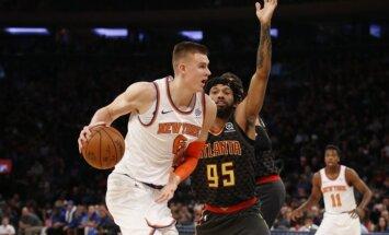 Porziņģis pēc mēneša pārtraukuma gūst 30 punktus un veicina 'Knicks' uzvaru