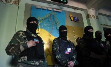 Krievija uz robežas apšaudījusi 300 promaskaviskos kaujiniekus