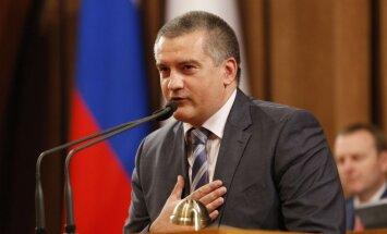Krimas iedzīvotājiem trīs mēnešu laikā jānodod aizliegtā literatūra