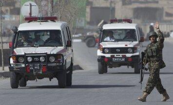 Pa ceļam uz darbu ASV bāzē nošauti astoņi afgāņi