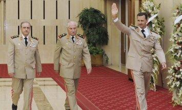 Krievija noliedz baumas, ka varētu dot patvērumu Asadam