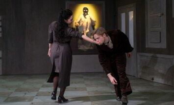 Izrādes apskats: Mārča L. Kafka Jaunajā Rīgas teātrī