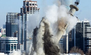 Foto: Kā Jekaterinburgā sagrāva pasaulē augstāko graustu