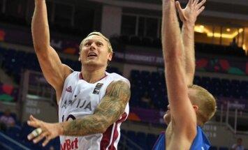 Timma: jāliek Melnkalnei pielāgoties mums