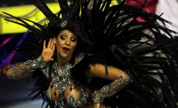 Ieskats elpu aizraujošajā Riodežaneiro karnevālā