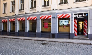 ФОТО: В Старой Риге открылся новый магазин Rimi Express