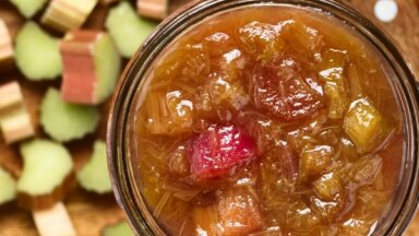 Rabarberu ievārījumi: 13 receptes – ātrai noēšanai un ziemas krājumiem