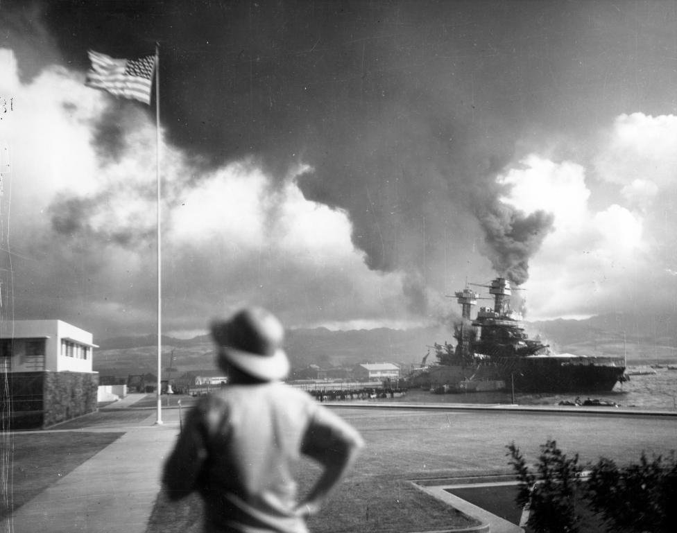 an overview of the road to pearl harbor and the actions of the united states during the world war tw In truth, the united states had been at war with japan long time before the attack on pearl harbor they assume, for example, that the united states went to war against germany and japan only after its declarations of war against these nations in december 1941.