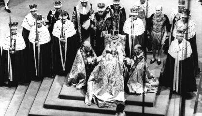 1952. gads: Keidžs komponē klusumu, britiem jauna karaliene