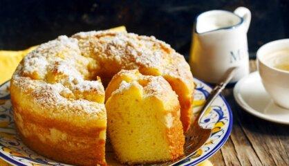 Vienkāršāk par vienkāršu – sulīgā jogurta kūka franču gaumē
