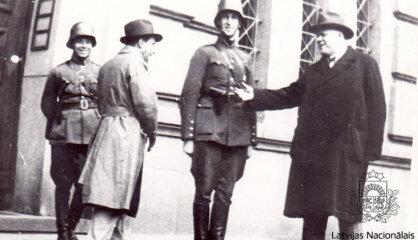 1934 год: Волна авторитарных режимов в Европе, страны Балтии создают союз, Гитлер расправляется с оппозицией
