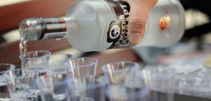 15 удивительных способов использования водки в качестве чистящего средства