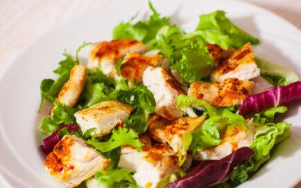 Подборка простых и вкусных салатов из куриной грудки