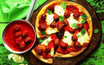 Pica ar mocarellu un frikadelēm