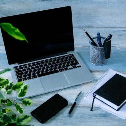 Uzņēmumus atgriezties birojā mudina satikšanās iespēja un papīra dokumenti