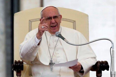 Pāvests Francisks pirms vizītes Baltijā video vēstījumā vēršas pie iedzīvotājiem