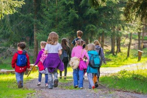 'Drossinternets.lv': bērnu vecāki nereti neaizdomājās par bērnu datu publiskošanas sekām