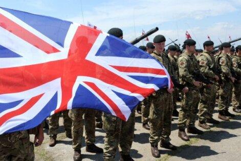 Минобороны Латвии от лица Британии извинилось перед побитым латышом