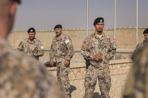 90 крутых фото из Афганистана, где несут службу 24 наших парня и девушки