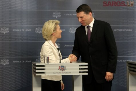 Как в Риге гостила министр обороны, мать семерых детей, преемница Ангелы Меркель и...