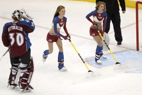 Arī 'NHL' sniega savācējas atsāk sezonu