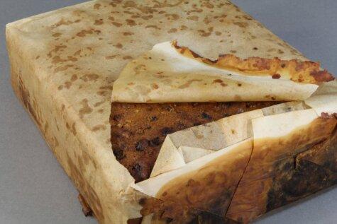 Фото дня: в Антарктиде нашли ароматный фруктовый пирог возрастом 106 лет