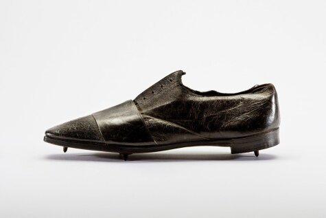 Kā sporta apavu dizains mainījies pēdējo 150 gadu laikā