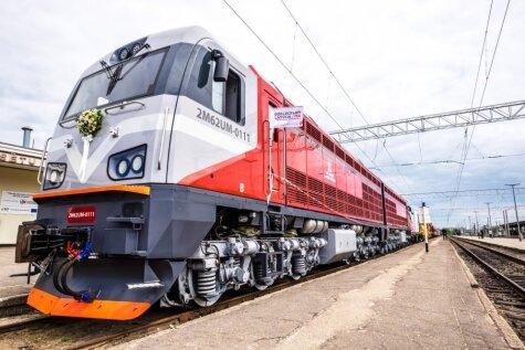 6000 л.с., крошка! Парад ж/д техники LDz возглавил самый мощный в Латвии локомотив