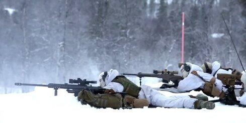 NATO karavīru mācības -30 grādu salā Norvēģijā