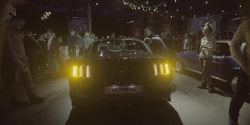 Latvijā prezentēts jaunais 'Ford Mustang'