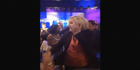 Marina Lepēna dejo pēc sakāves