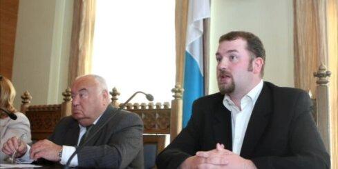 Rīgas bāriņtiesas vadītājs lūdz izvērtēt deputāta Kalnozola rīcību
