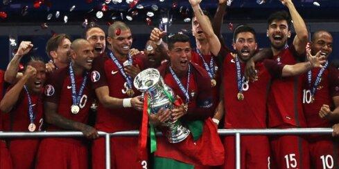 Portugāles futbolisti vēsturiski kļūst par Eiropas čempioniem