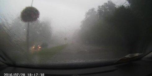 Milzu vētra Jūrmalā