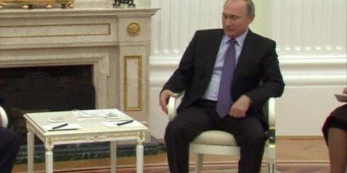 Krievija apsūdz Rietumus 'dubultspēlē' ar 'teroristu' grupējumiem Sīrijā