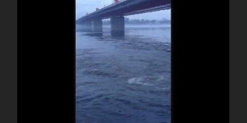 Burbuļošana Daugavā