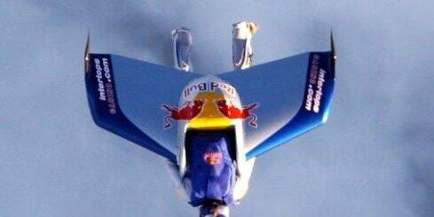 Baumgartners un skaņas ātrums