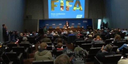 Blaters atlaiž FIFA preses sekretāru gaumīga jociņa dēļ
