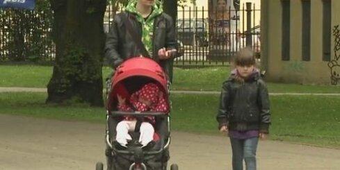 Kurā Baltijas valstī ir kuplākās ģimenes?