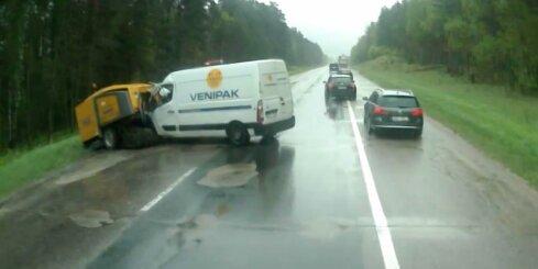 Smaga autoavārija uz Siguldas šosejas