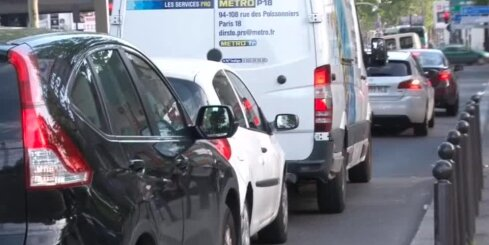 Francijā veidojas rindas pie degvielas uzpildes stacijām